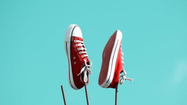 Google imagine des chaussures connectées qui détectent les chutes