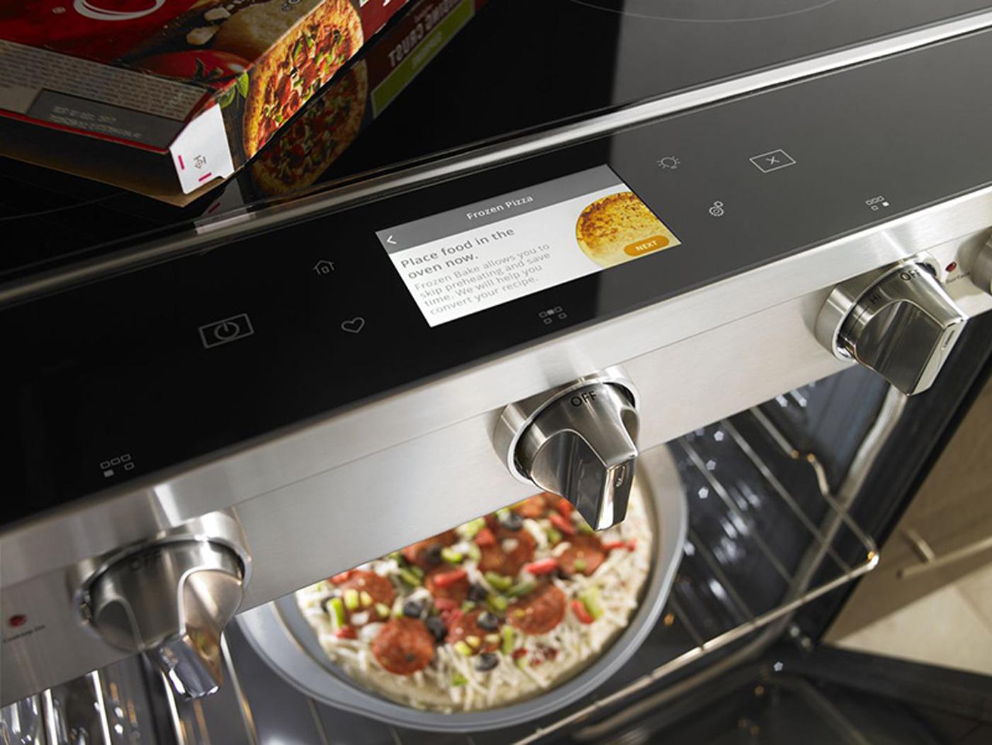 « Smart Countertop Oven » : Whirlpool dévoile un four qui reconnait ce que vous souhaitez cuire