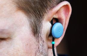 « Pixel Buds » : Google dévoile des écouteurs capables...