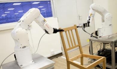 Ce robot peut assembler un meuble Ikea plus vite que vous !