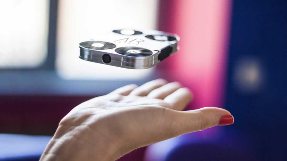 « AirSelfie » : un drone conçu pour prendre des selfies