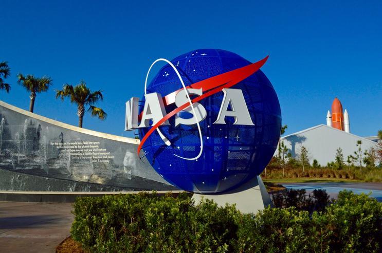 Mike Gold, Président de comité à la NASA
